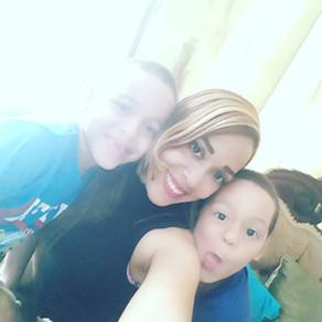 Lina, Madre Soltera, Santo Domingo, República Dominicana
