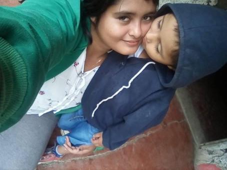 Madre Soltera, Medellín, Antioquia, Colombia