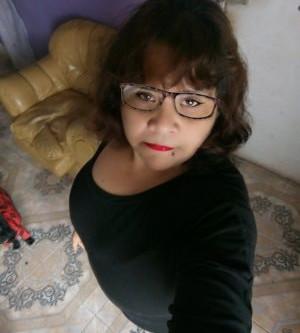 Dora Angélica Menai Cortes, De Antofagasta Chile, Saluda Cordialmente