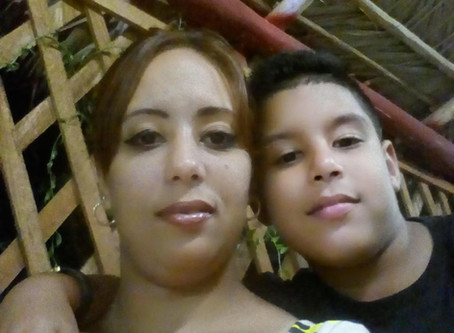 Madre Soltera, Las Tunas, Cuba, Ocupación Lic. en Enfermeria