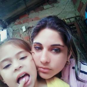 Madre Soltera, Tunas, Las Tunas, Cuba, Buscando Cariño y Comprensión