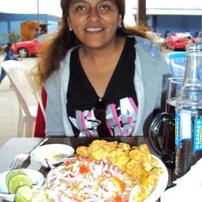 Arq. Silke Evelyn Rosas Peñarrieta, Madre Viuda Boliviana, Modelaje en Lima Perú