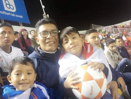 Carlos, Padre Soltero, Quito, Ecuador