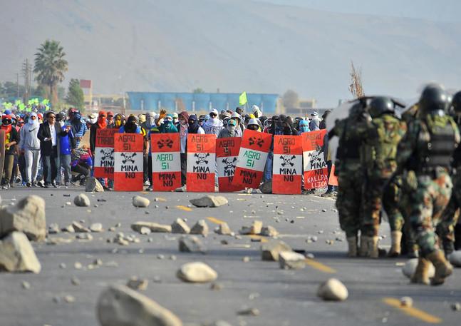 Peru army repression.jpg