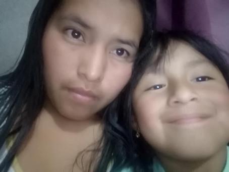 Madre Soltera, Ambato, Ecuador, Saluda Amablemente