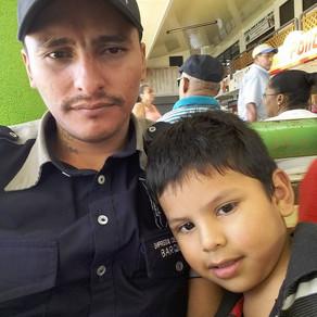 Giovanni, Padre Soltero, San José, Costa Rica