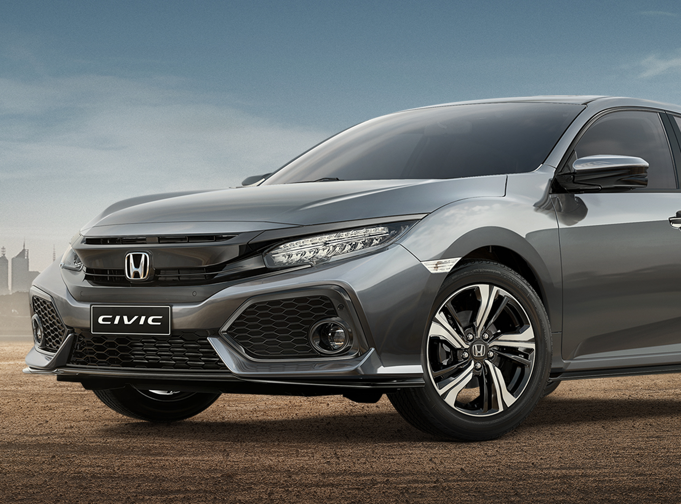 HOD2250_CIVIC_HATCH_HOR_Outdoor_WRGB