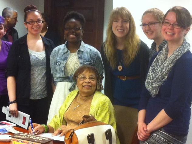 Flonzie met studens at the COFO Educatio