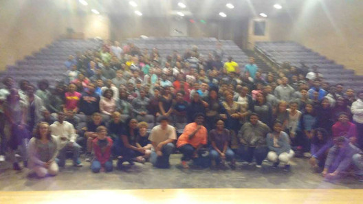 FLonzie spoke to students at Millsaps Co