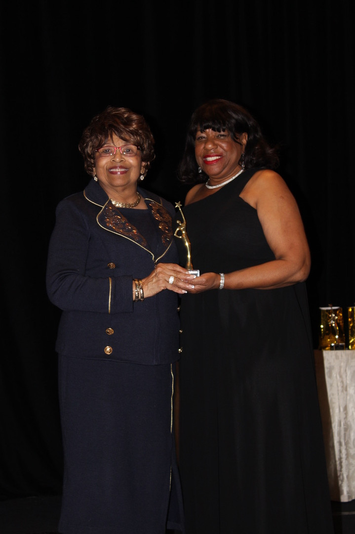 """Connecting the Dots Foundation, Inc., honors Women of Distinction:"""" Valiant Women of the Vote"""" Award. Presented by Marilyn Luckett, Founder,  March 7, 2020"""