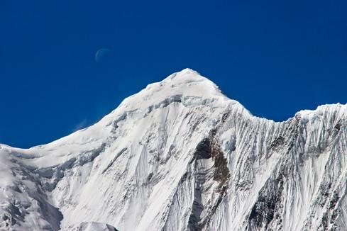 Gangapurna and Moon