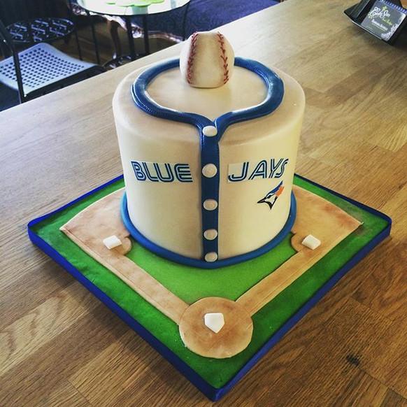 blue jays jersey cake.jpg