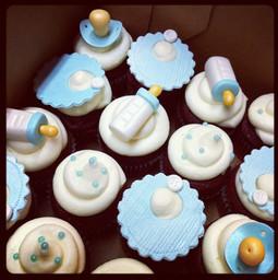 baby blue cupcakes.jpg