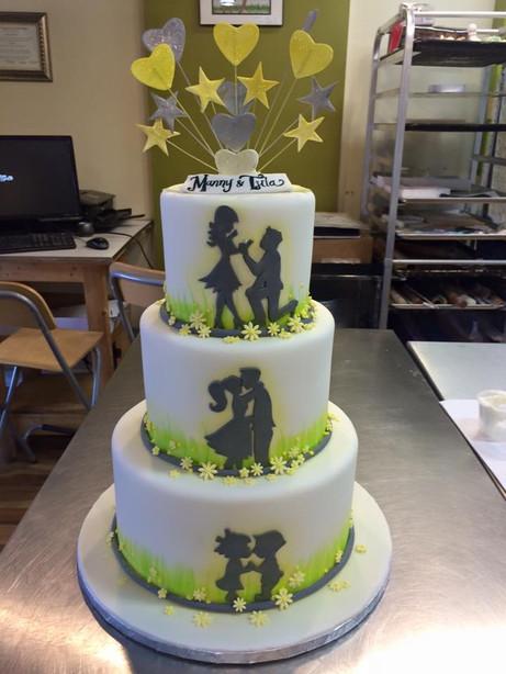 silouette engagement cake.jpg