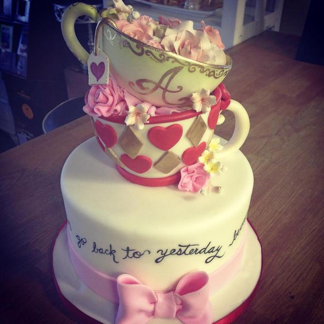 teapots alice in wonderland.jpg
