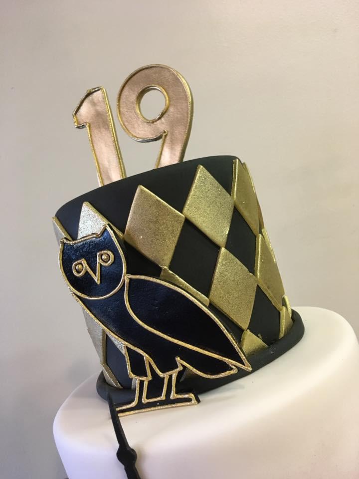 drake cake with owl.jpg