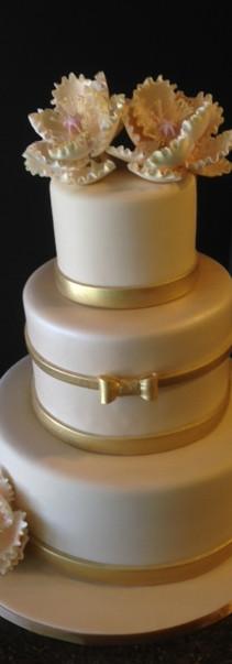 ivory&goldribbonwedding.jpg