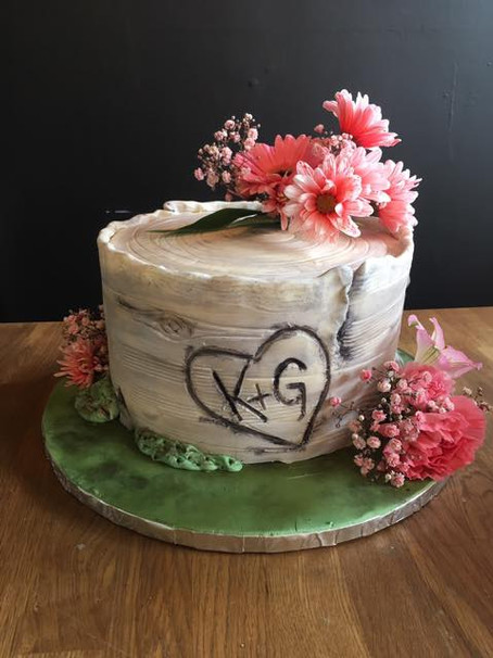 birch bark single tier cake with florals