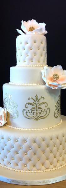 rosanna's cake.jpg