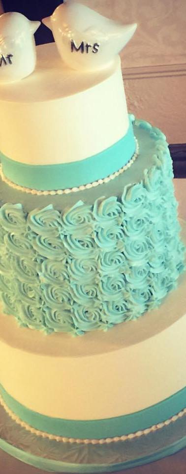 tiffany blue rosette wedding cake.jpg