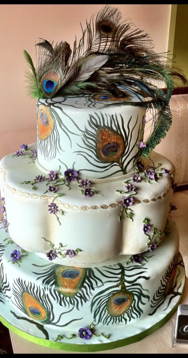 Peacock cake Aug 2011.jpg