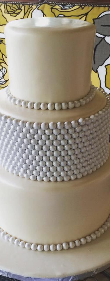 pearl cake.jpg