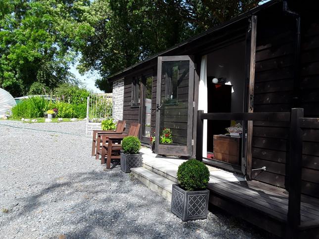 Lodge front garden