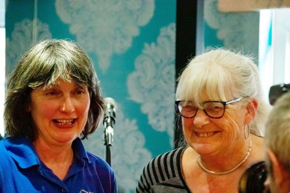 Lynda and Viv