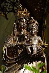 Hennebont_Basilique_statue ND du Voeu_20