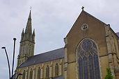 Languidic_église_vu_de_la_place_de_Gaull