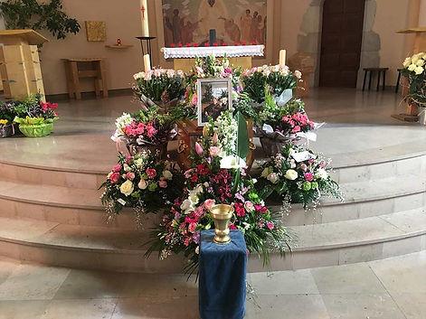 Fleuriste enterrement Annecy 3.jpg