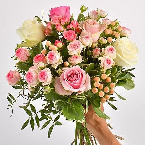 """Bouquet de roses """"Vanille fraise"""""""