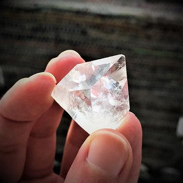 Apophyllite point pyramid, crystal for crown chakra spiritual development