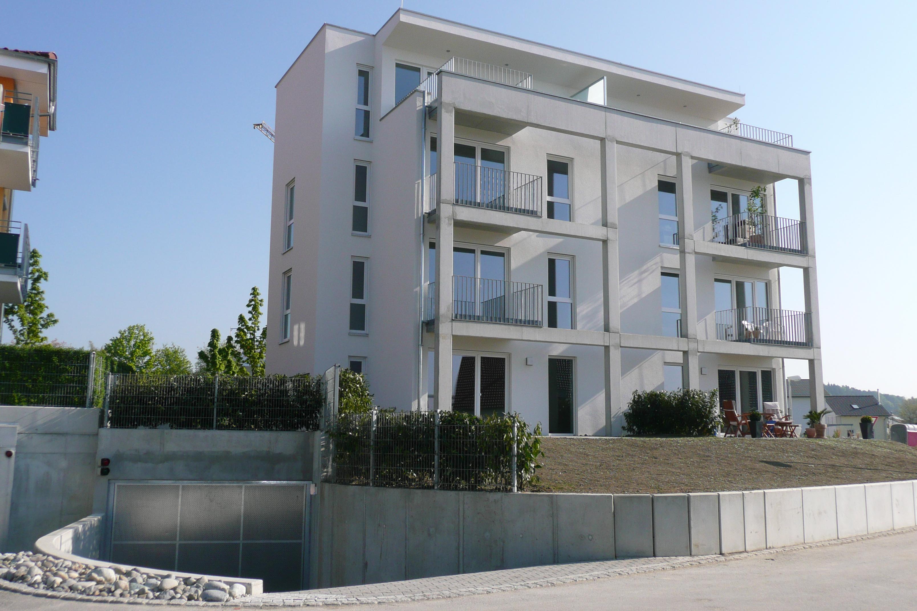 Mehrfamilienhaus mit 8 WE und TG