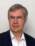 Dr Haensch Bio Photo.jpg