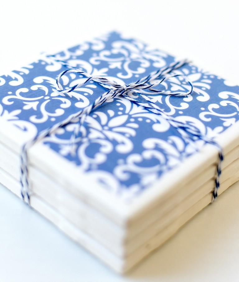 DIY tile coasters, how to make your own modge podge image transfer on tile coasters
