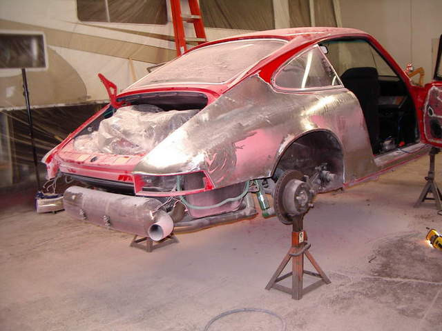 Removing+paint+Paint+Shop+car+on+stands1143429893.jpg