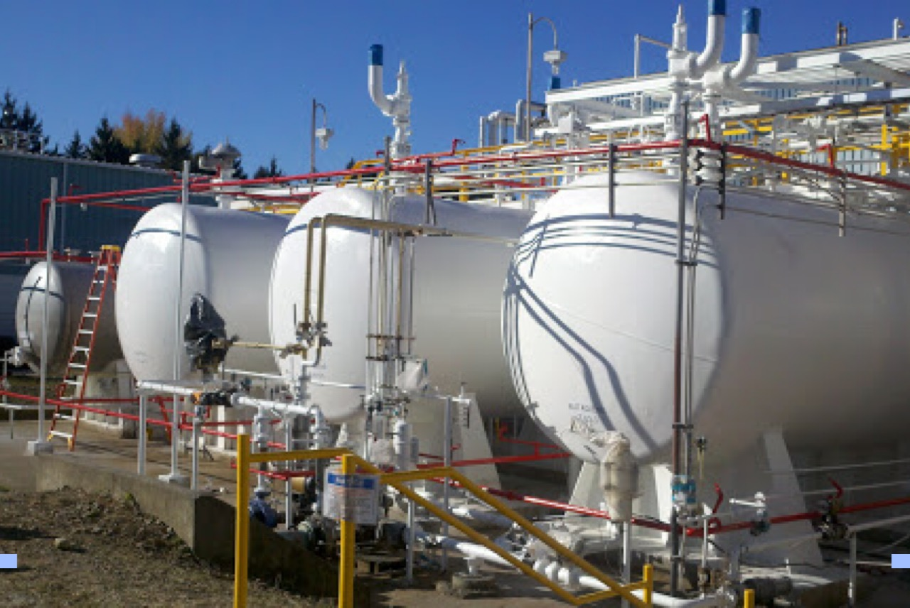 Tank and Pipe Coating