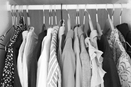 HOW TO HAVE A SUSTAINABLE WARDROBE