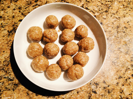 SNACK ATTACK: LEMON & COCONUT BLISS BALLS...