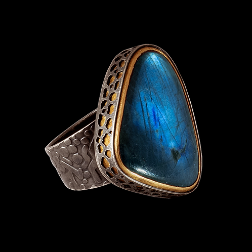 Labradorite Ring, Rounded Triangle