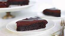 Flourless Chocolate Cake with Apricots & Grand Marnier