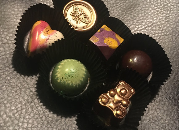L12 ARTISAN COLLECTION of 12