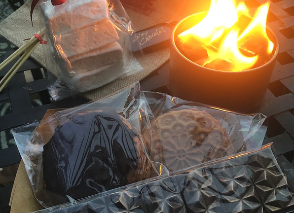LUXX'MORES CAMPFIRE PACKAGE - ARTISAN S'MORES KIT FOR 4
