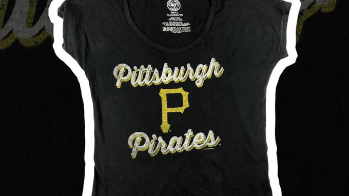 Pittsburgh Pirates Women's Shirt- Small