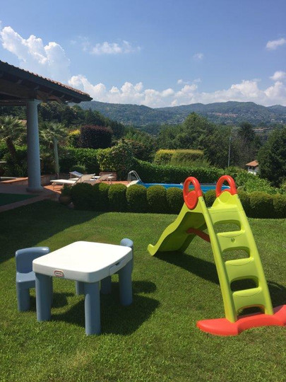 Playing area for children Villa Belvedere Lago Maggiore