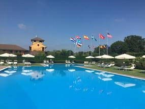 Piscina Golf Hote Castelconturbia