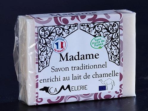 """Savon au lait de Chamelle """"Madame"""""""