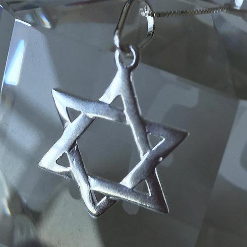 Pingente Estrela de David com corrente de prata
