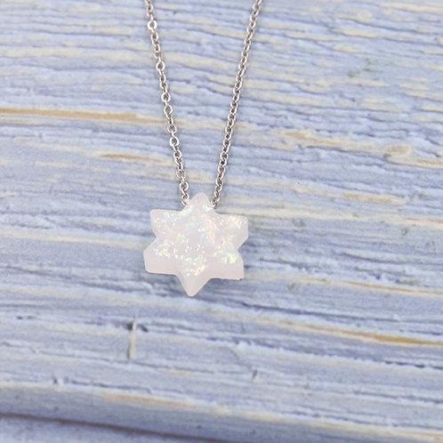 Colar Estrela de Davi Opal Branco